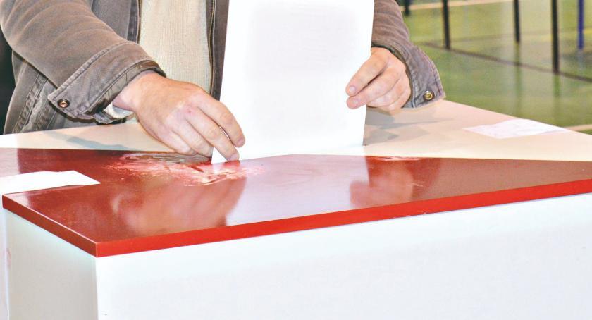 materiały komitetów wyborczych, Wybory startujemy materiałami własnymi kandydatów komitetów wyborczych - zdjęcie, fotografia