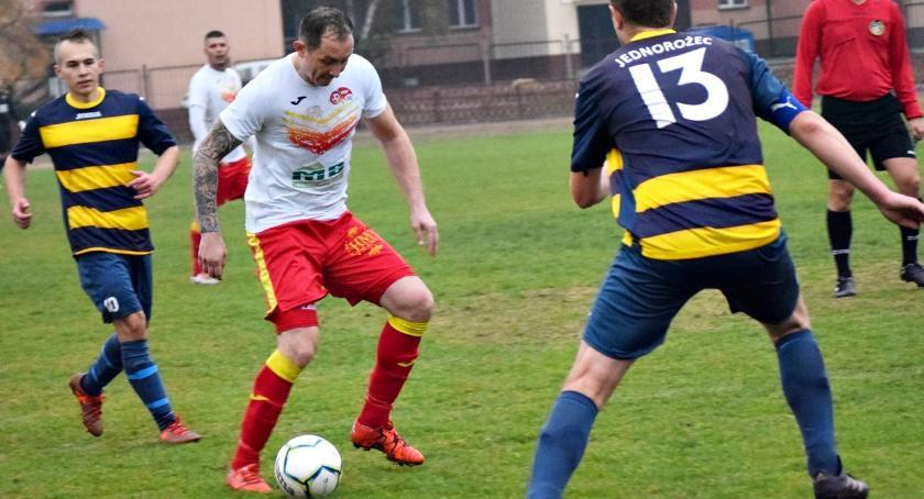piłka nożna, Łatwo lekko przyjemnie - zdjęcie, fotografia