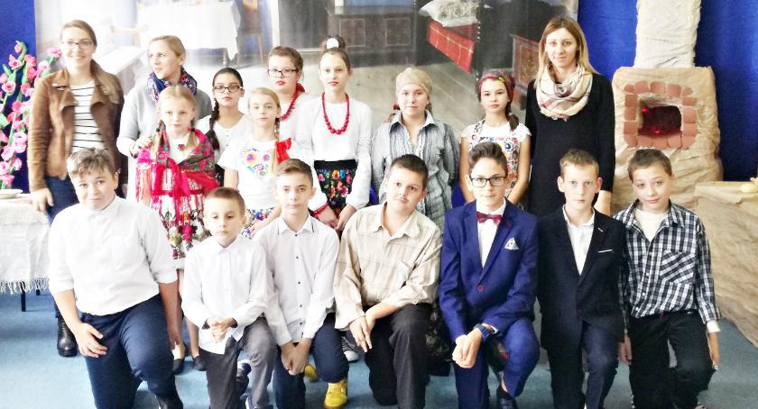 imprezy szkolne, Tydzień dobrego chleba Stróżewie - zdjęcie, fotografia
