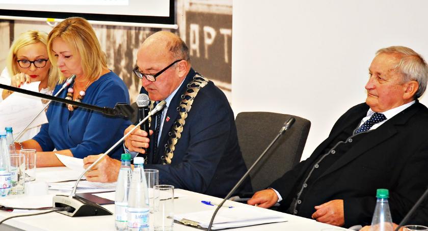 samorząd, Ruszają kadencje samorządach miasto Płońsk - zdjęcie, fotografia