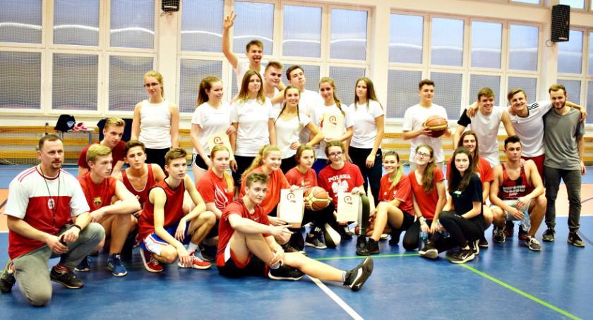 imprezy szkolne, Świętowanie niepodległości Płońsk - zdjęcie, fotografia