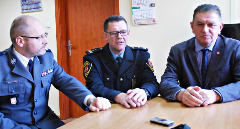 bezpieczeństwo, Policja podglądem miejski monitoring - zdjęcie, fotografia