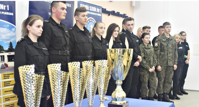 edukacja, Turniej policyjnych puchar ponownie Płońsk - zdjęcie, fotografia