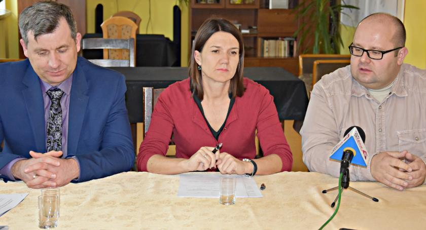 samorząd, Dyrektor propozycje niepełnosprawnych - zdjęcie, fotografia