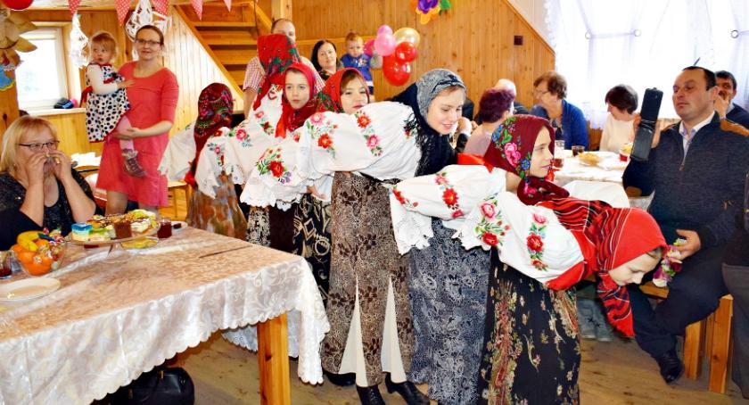 święta/uroczystości, Krajkowie Dzień Babci Dziadka obchodzono przytupem brawo! - zdjęcie, fotografia