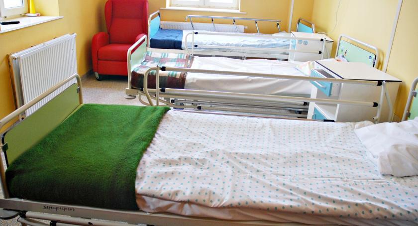 zdrowie, mało pielęgniarek mniej łóżek sprawa działo radzie społecznej szpitala - zdjęcie, fotografia