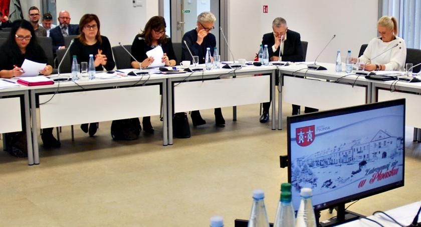 samorząd, Radni budowach końca uszkodzonych torach - zdjęcie, fotografia