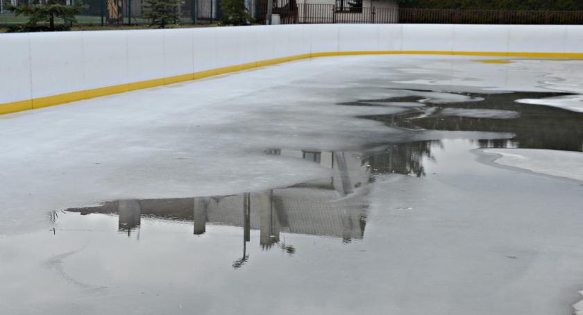 rekreacja, Rekordowy sezon lodowisku - zdjęcie, fotografia