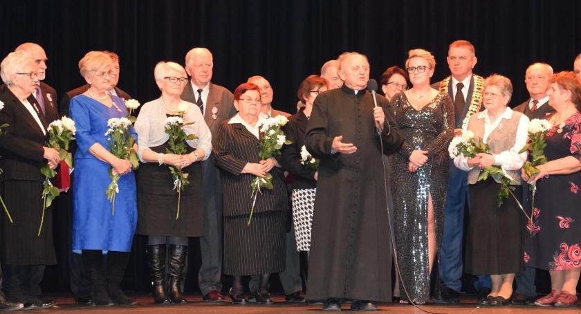 jubileusze, Piękne godnej oprawie jubileusz płońskich małżeńskich - zdjęcie, fotografia