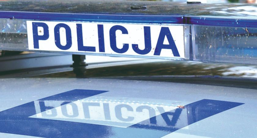 policja na drodze, kierowca szkolnego autobusu miał promila - zdjęcie, fotografia