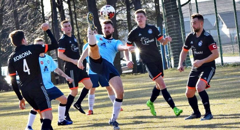 piłka nożna, Stracone szanse naszych inaugurację wiosny klasie - zdjęcie, fotografia