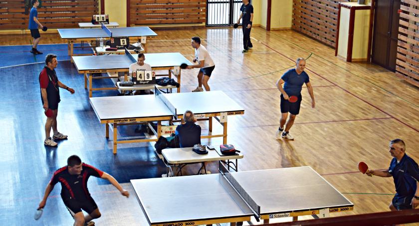 tenis stołowy, Wojciech Wachol czele dwóch klasyfikacji rozgrywek tenisa stołowego - zdjęcie, fotografia