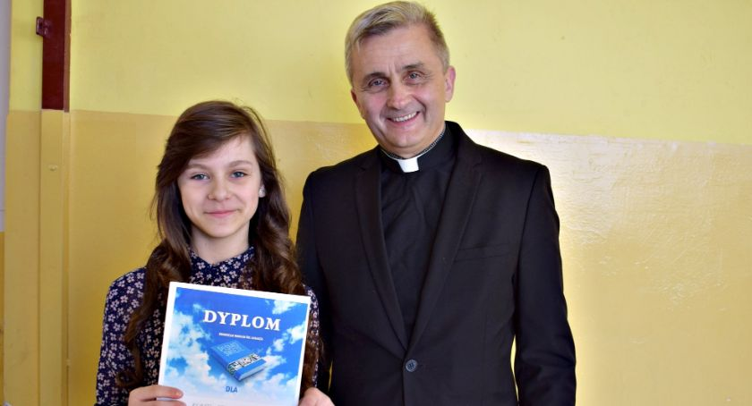 religijnie, Renata Prządak diecezjalnym konkursie ewangelii - zdjęcie, fotografia