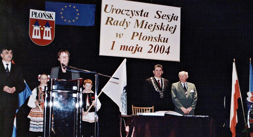 samorząd, Świętowanie lecia wystawa europejskie dyplomy - zdjęcie, fotografia