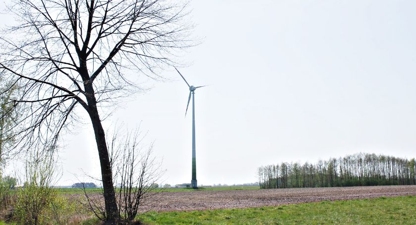 samorząd, Chcą złagodzenia ustawy wiatrakowej - zdjęcie, fotografia