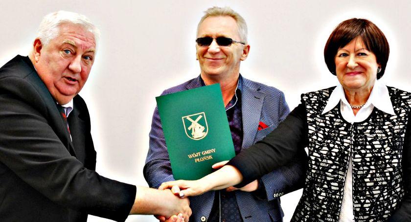 inwestycje, Umowa drogi Bońkach Jeżewie Szerominku - zdjęcie, fotografia