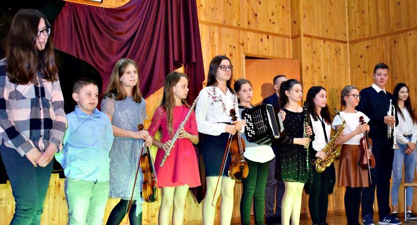 koncerty, Koncerty młodszych melomanów muzycznej - zdjęcie, fotografia