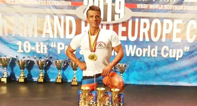 kulturystyka, Patryk podwójnie złoty srebrny mistrzostwach Europy - zdjęcie, fotografia