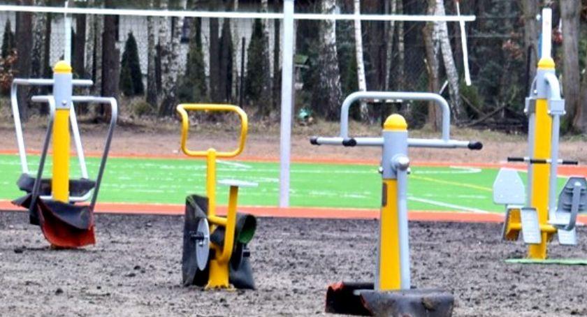 inwestycje, place zabaw siłownie - zdjęcie, fotografia
