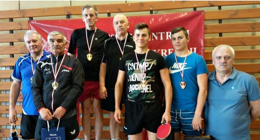 tenis stołowy, Deblowy tytuł Krajewskiego Sieradzkiego - zdjęcie, fotografia