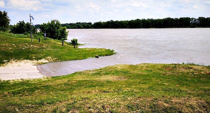 bezpieczeństwo, gminie Czerwińsk alarm przeciwpowodziowy - zdjęcie, fotografia