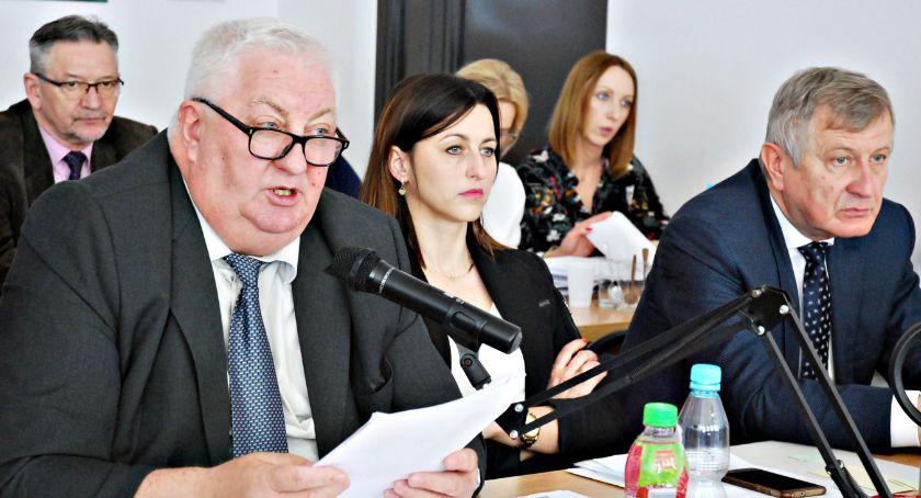 samorząd, Wójt Jarosławski wotum zaufania absolutorium - zdjęcie, fotografia