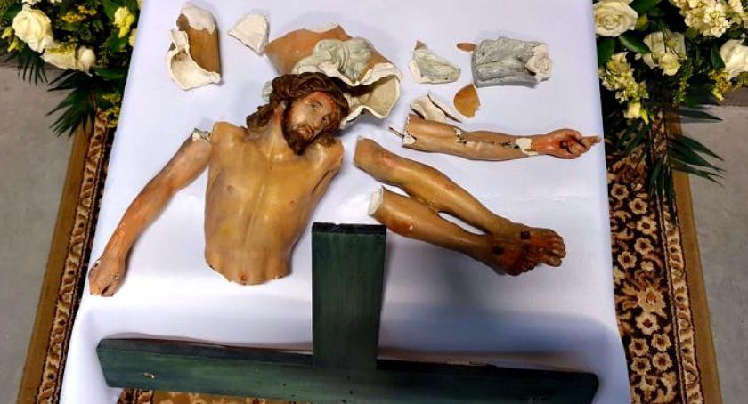 religijnie, dochodzeniu sprawie profanacji krzyża parafii - zdjęcie, fotografia