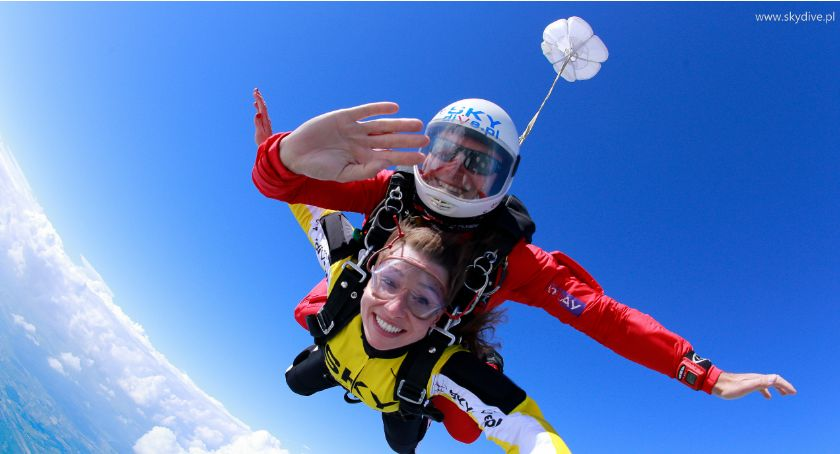 artykuł sponsorowany, Skoki spadochronowe tylko zawodowców Wypróbuj tandem! - zdjęcie, fotografia