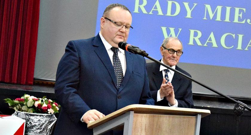 samorząd, Wotum zaufania absolutorium burmistrza Raciążu - zdjęcie, fotografia