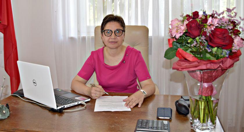 samorząd, Wotum zaufania absolutorium wójt Pierścińskiej jednogłośnie - zdjęcie, fotografia