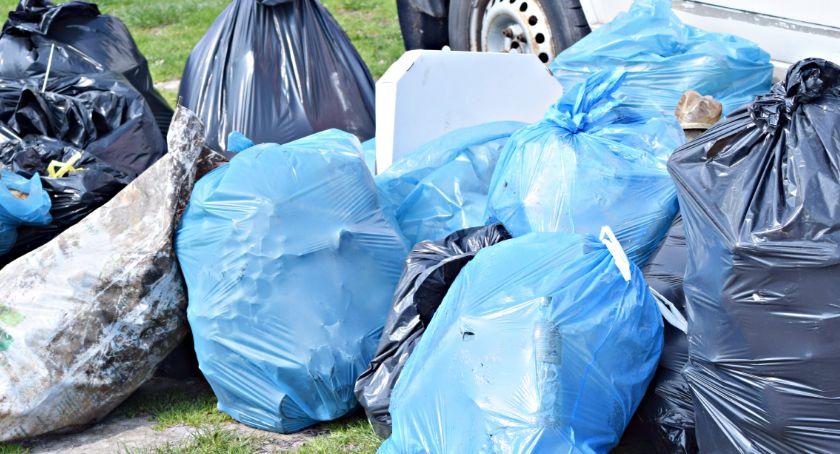 """samorząd, """"zawierucha"""" śmieciowa gminie Czerwińsk drastyczne podwyżki - zdjęcie, fotografia"""