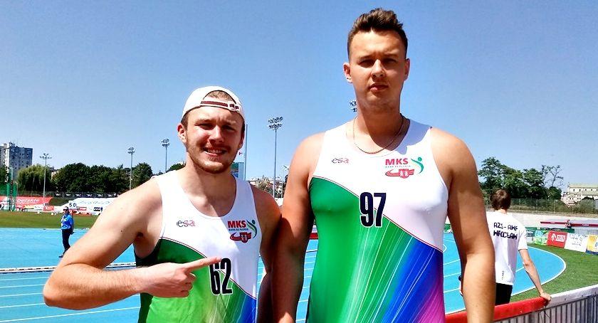 lekkoatletyka, Dyskobol szósty młodzieżowych mistrzostwach Polski - zdjęcie, fotografia