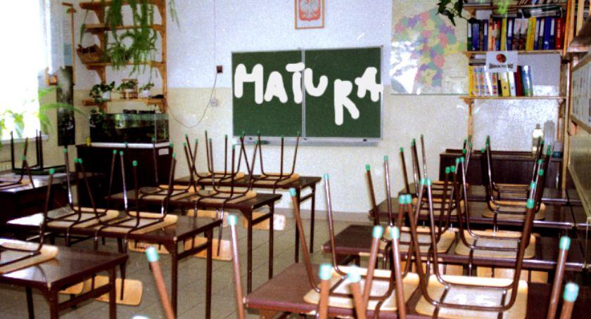edukacja, Edukacyjne podsumowania matura szkołach powiatu płońskiego - zdjęcie, fotografia