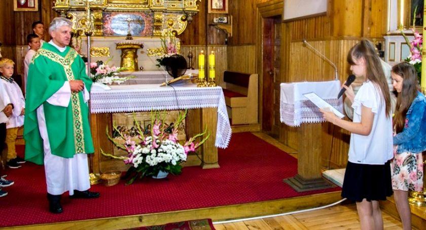 religijnie, Pożegnano proboszcza Chociszewie - zdjęcie, fotografia