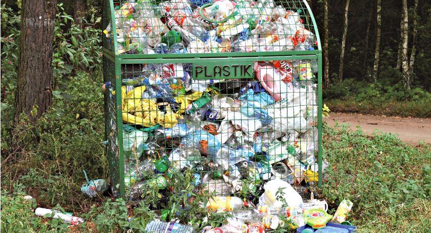 samorząd, kryzys gminie Czerwińsk śmieci odebrane - zdjęcie, fotografia