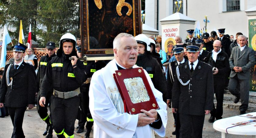 religijnie, Zmarł ksiądz Zdzisław Kupiszewski pogrzeb sierpnia - zdjęcie, fotografia