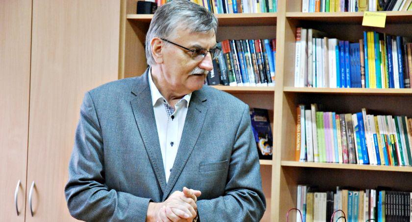 edukacja, Dyrektor szkoły Kroczewie odwołany - zdjęcie, fotografia