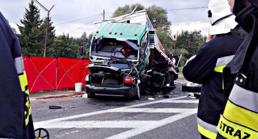 wypadki, Będą badania prokuratura wypadku Pawłowie - zdjęcie, fotografia