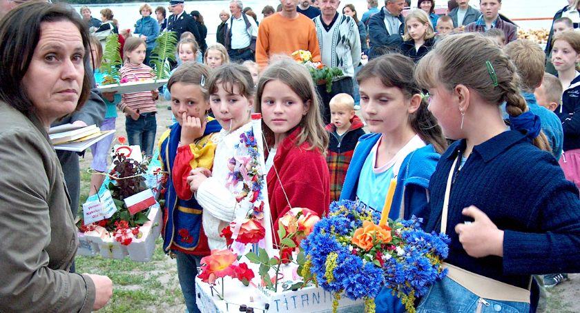 Retro Płońszczak, RETRO wianki Wisłą Czerwińsku - zdjęcie, fotografia