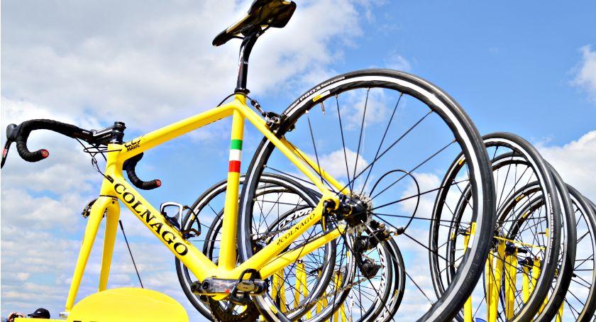 bezpieczeństwo, Uwaga przejadą kolarze będą utrudnienia ruchu - zdjęcie, fotografia