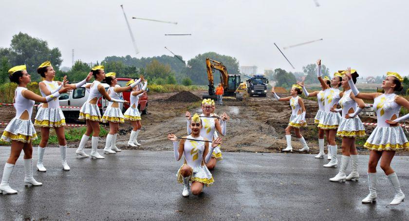inwestycje, budowy zachodniej obwodnicy Płońska uroczyście przekazany - zdjęcie, fotografia