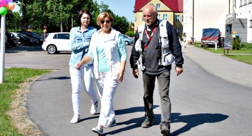 edukacja, Zmiana dyrektora szkoły Czerwińsku Zwierzchowska odchodzi emeryturę - zdjęcie, fotografia