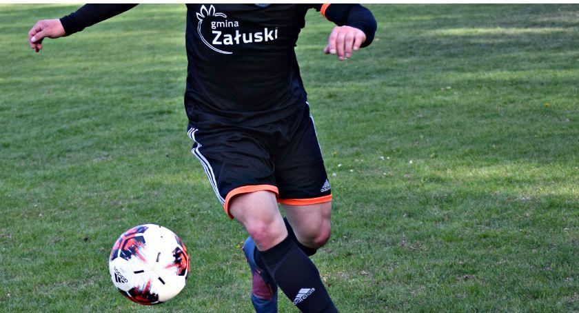 piłka nożna, Ukraina pucharem wójta gminy Załuski - zdjęcie, fotografia
