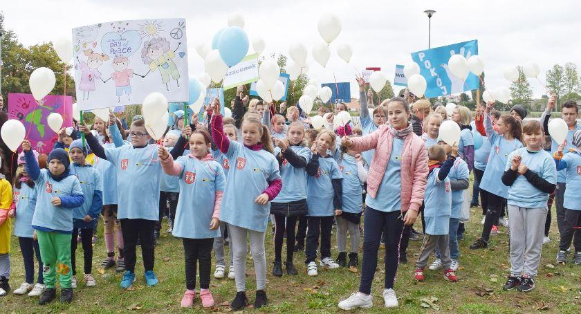 festyny/pikniki, Dzień Pokoju świętowany płońskich Rutkach - zdjęcie, fotografia