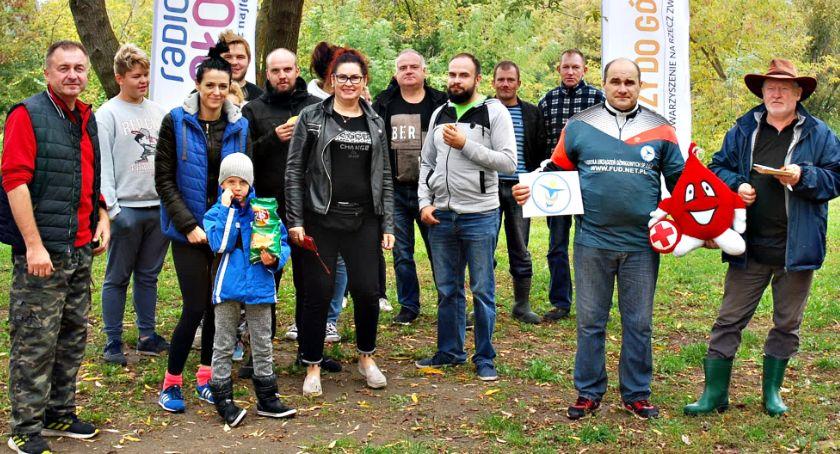 inicjatywy, Jesiennie sprzątali tylko Wkrę - zdjęcie, fotografia