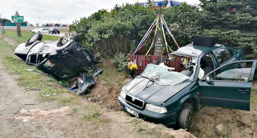 wypadki, ofiary niedzielnego wypadku Wycinkach - zdjęcie, fotografia