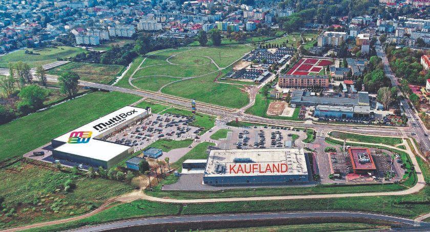 promocja, Niebawem otwarcie nowoczesnego Parku Handlowego MultiBox Płońsk Kaufland McDonald's! - zdjęcie, fotografia