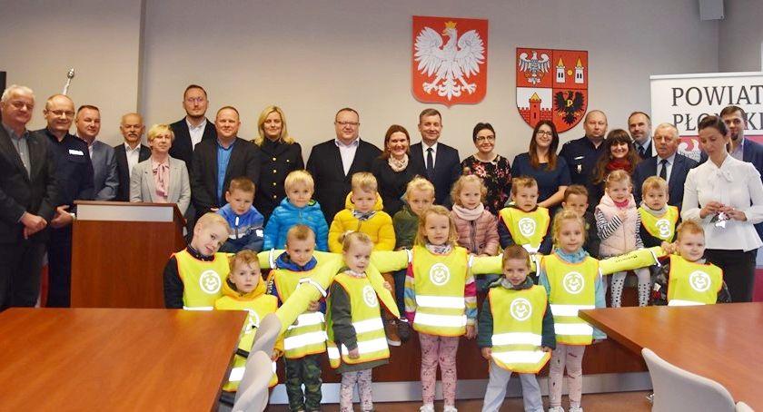samorząd, Pierwsze posiedzenie powiatowej bezpieczeństwa ruchu drogowego - zdjęcie, fotografia
