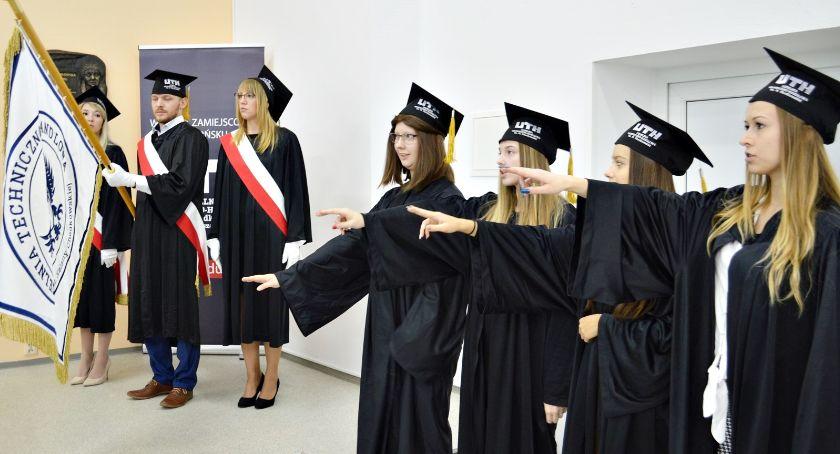 edukacja, Studenci nauki inauguracja akademickiego płońskim wydziale - zdjęcie, fotografia