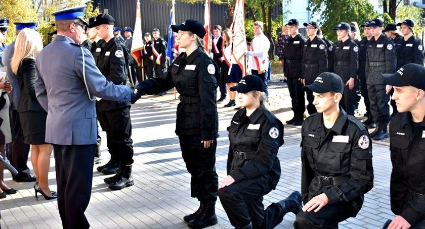 imprezy szkolne, Uroczyście Czerwińsku - zdjęcie, fotografia
